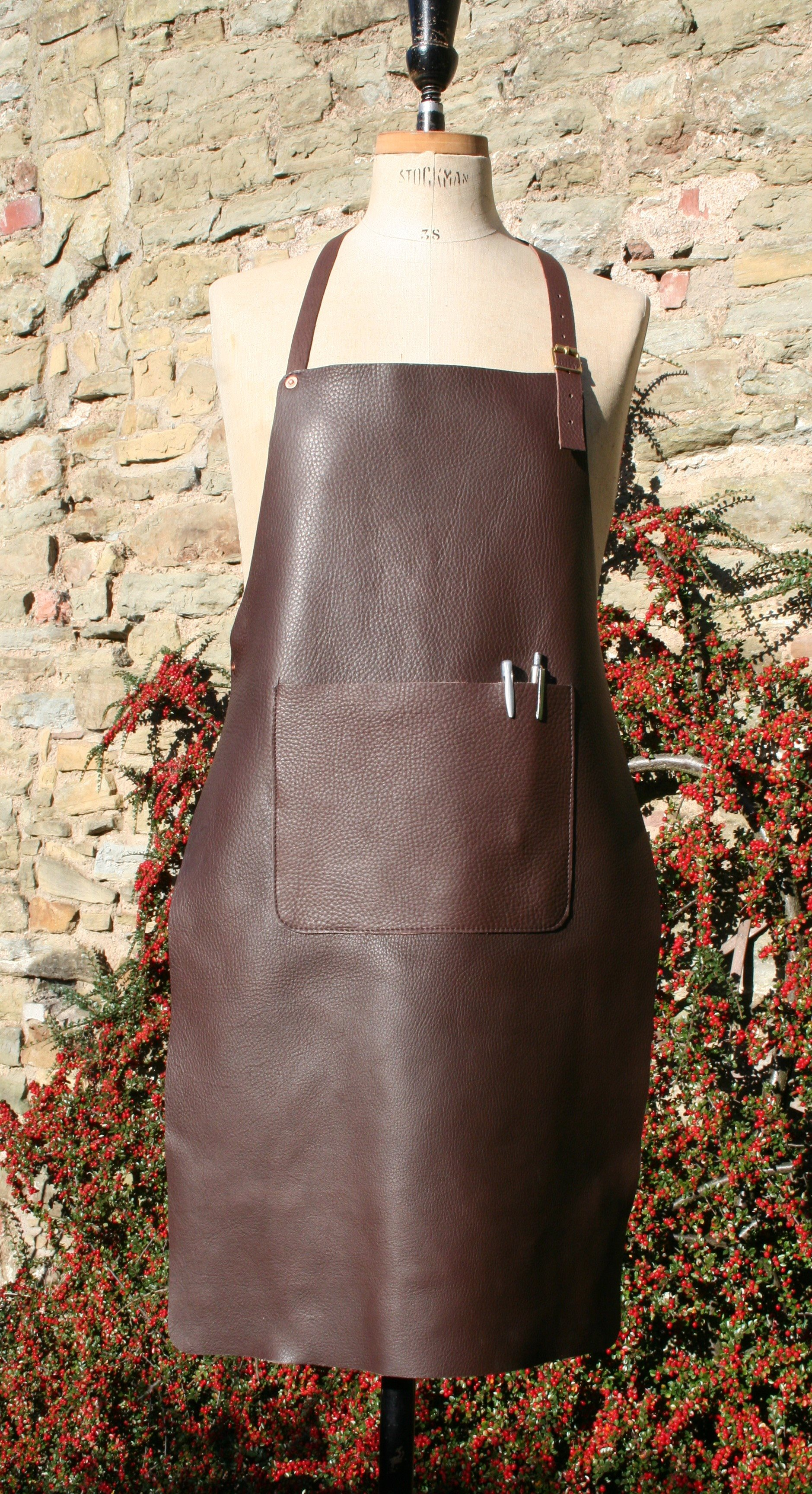 Single Pocket Apron