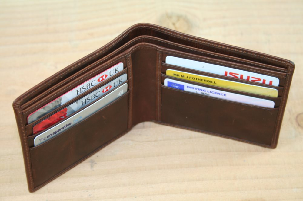 Mens Wallet Without Change Section