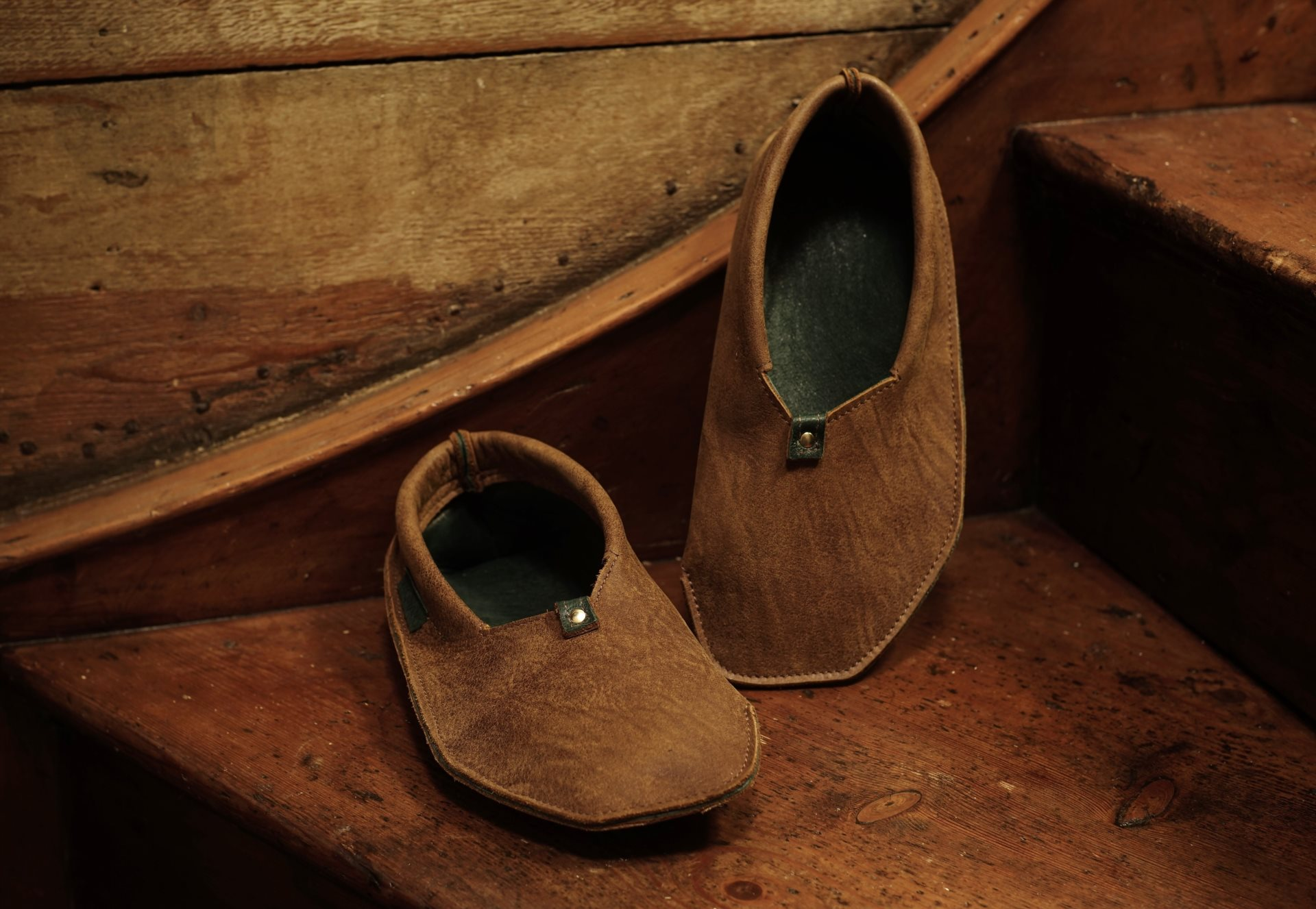 Wigwams in Oak Tan & Racing Green