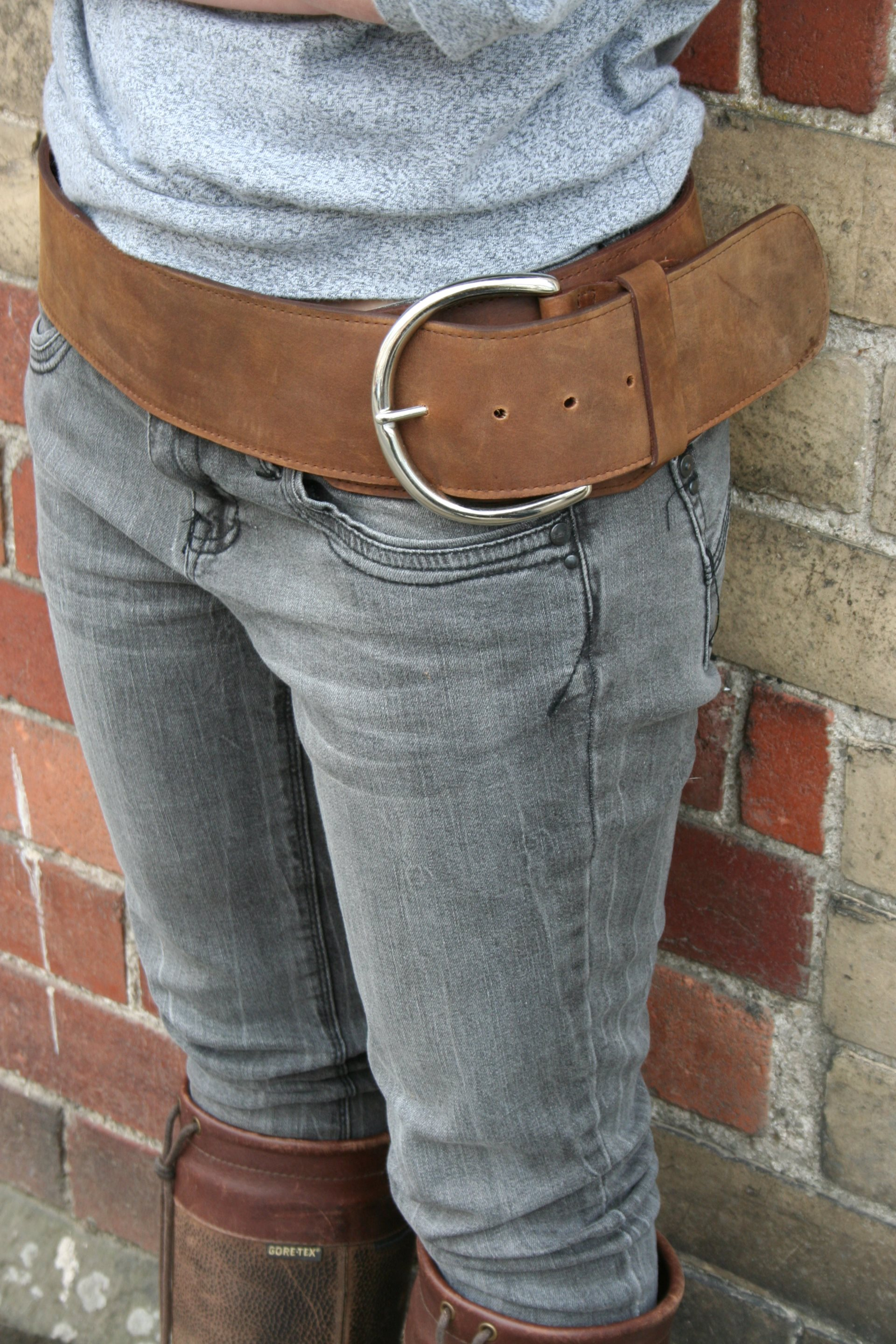 Curved Hip Belt